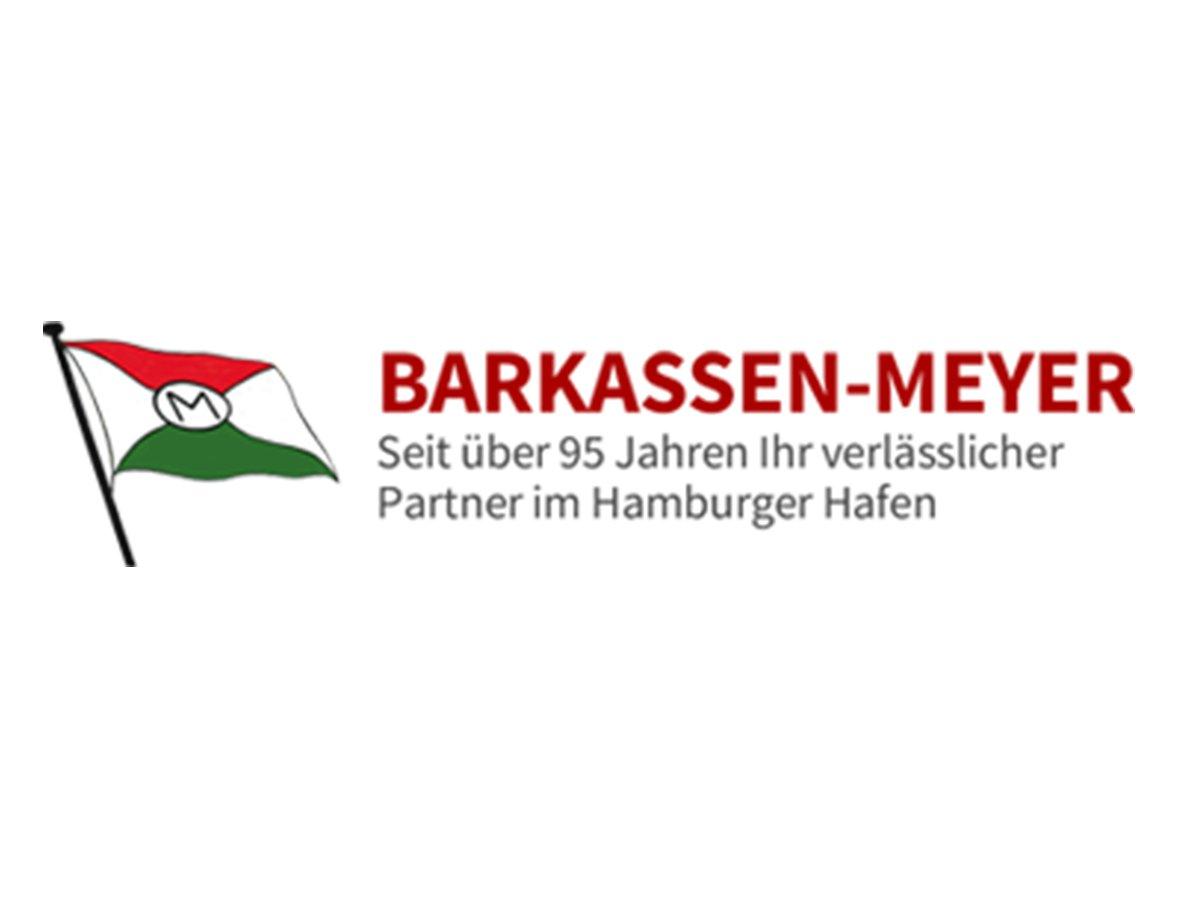 Von einer Sommertour mit untergehender Sonne über der Elbe bis hin zur Winterfahrt mit Blick auf die Hafenlichter Hamburgs – ,Barkassen-Meyer' bietet zu jeder Jahreszeit die richtige Hafenrundfahrt oder das passende Event – und das schon seit fast 100 Jahren.