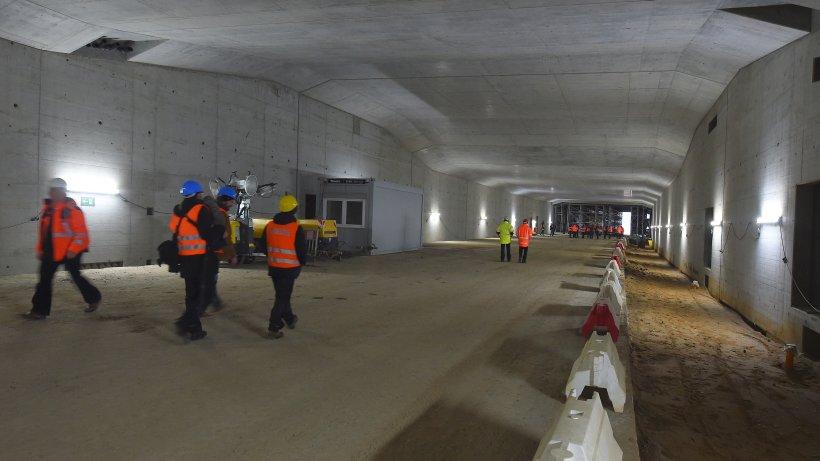 L rmschutztunnel schnelsen rohbau fast fertig for Tunnel schnelsen