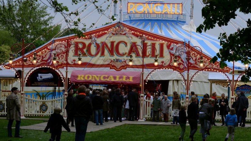 roncalli darf  die city aber mit strengen auflagen