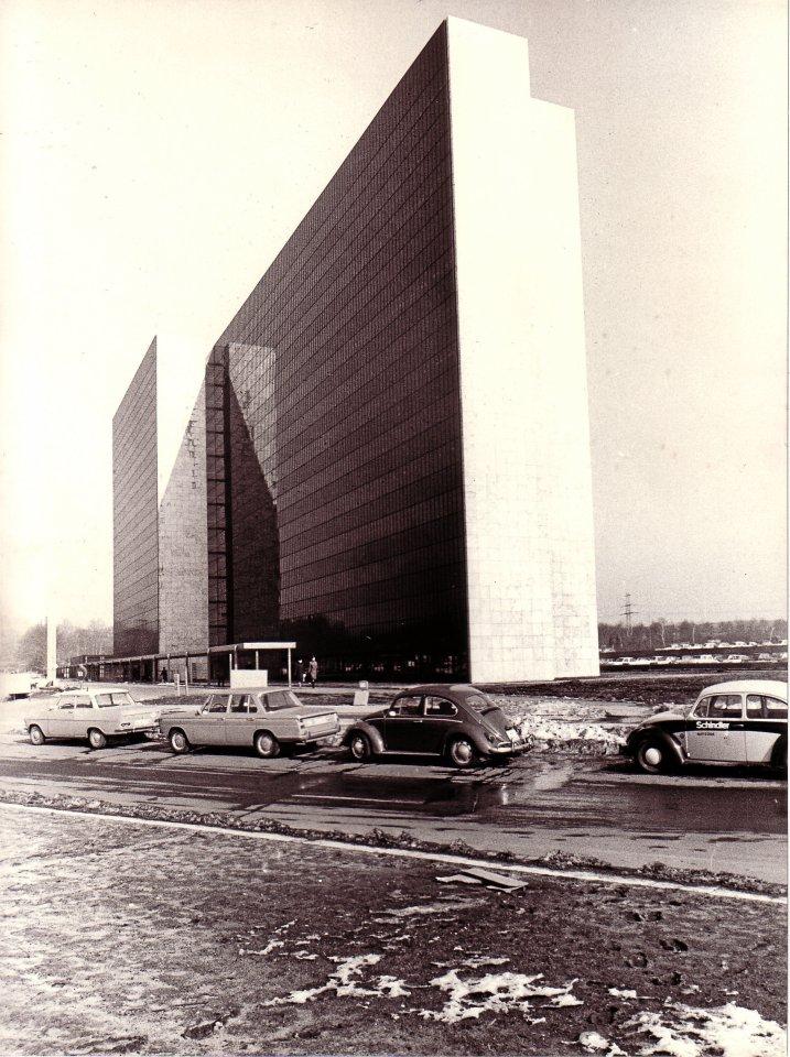 Längst ein Denkmal: das HEW-Gebäude von Arne Jacobsen.