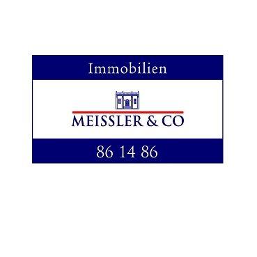 MEISSLER & CO nimmt eine besondere Stellung in den bevorzugten Wohnlagen in den Elbvororten, rund um die Alster und in der Hafencity ein, wenn es um die Vermittlung hochwertiger Wohnimmobilien geht. Denn MEISSLER & CO ist inhabergeführt und kennt daher ganz besonders die Verantwortung für das Eigentum, das ihm Kunden zum Verkauf oder zur Vermietung anvertrauen. Firmengründer Conrad  Meissler und seine Mitarbeiter setzen sich seit über 20 Jahren dazu mit Marktentwicklungen, Trends, den Preisen und den Hintergründen zu Nachfrage und Angebot auseinander. Regelmäßig veröffentlicht Meissler  Kommentare zum Marktgeschehen.