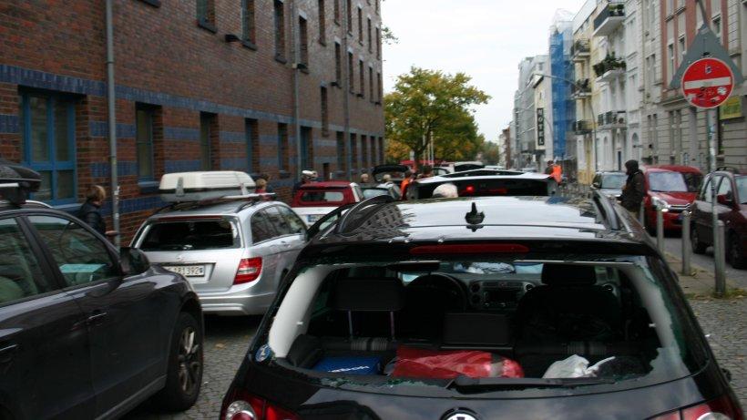 unbekannte pl ndern 26 pkw auf autozug richtung hamburg