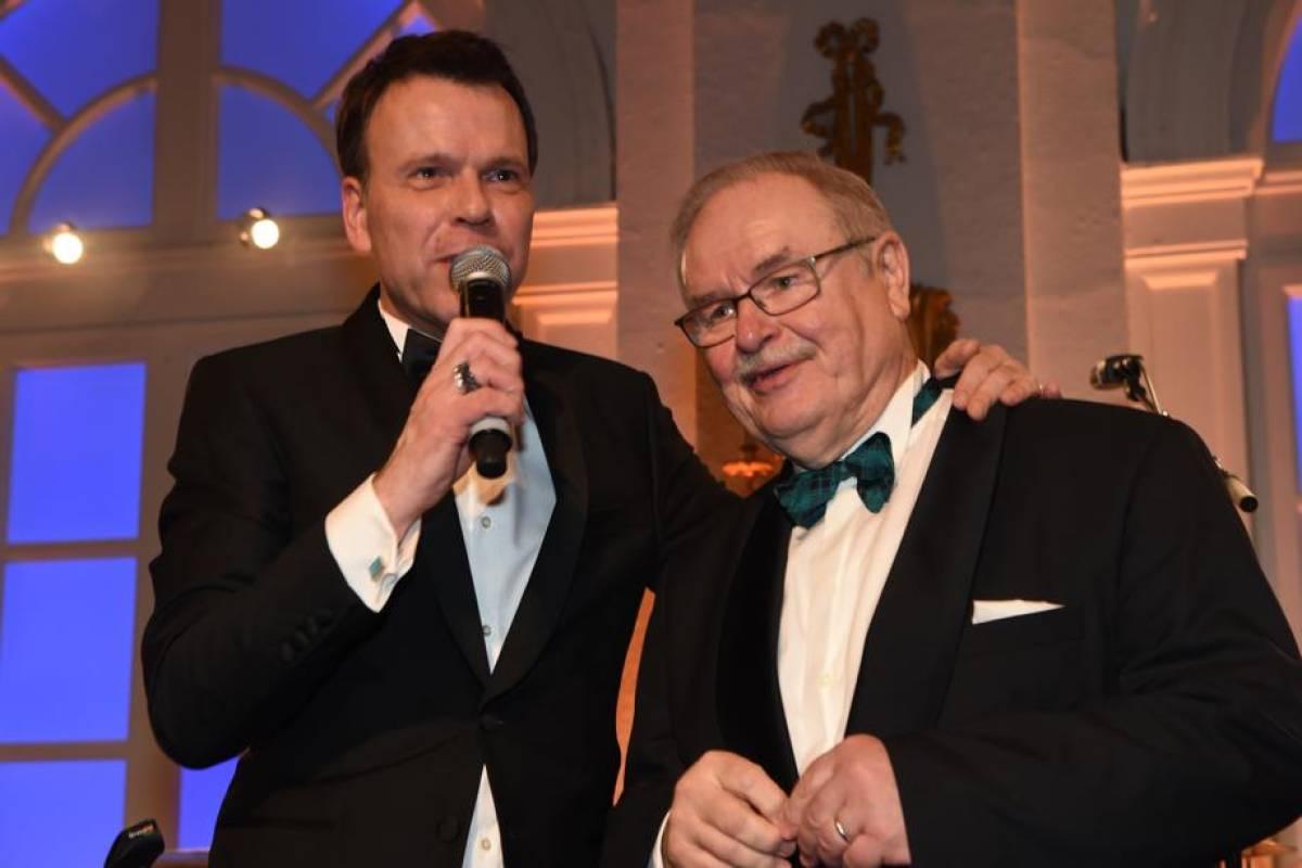 Prominenter Neu Rentner Gewinnt Kreuzfahrt Bei Presseball Hamburg