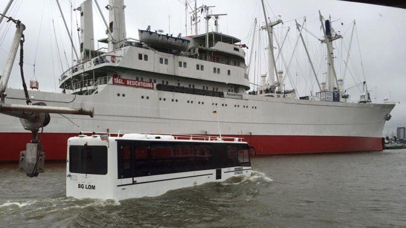 Hamburg Bus Wasser