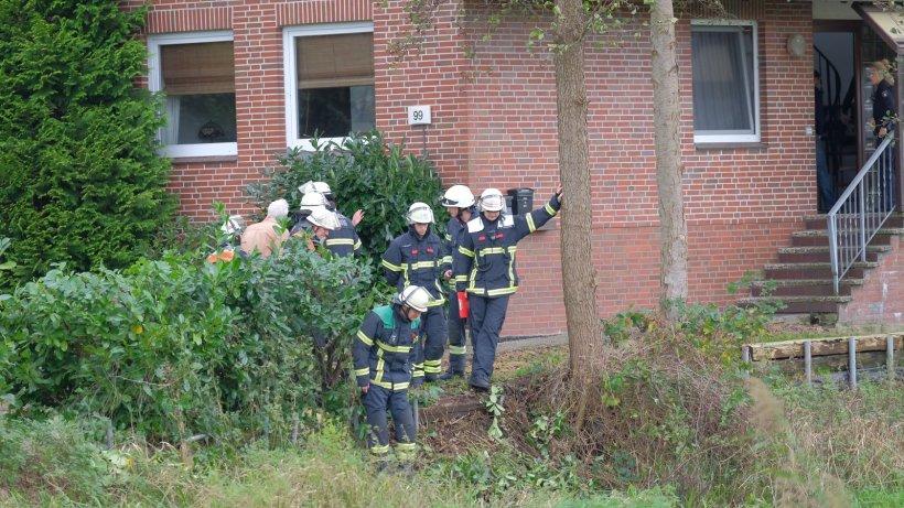 Altengamme: 82-Jähriger stirbt nach einem Sturz durch dem Trecker