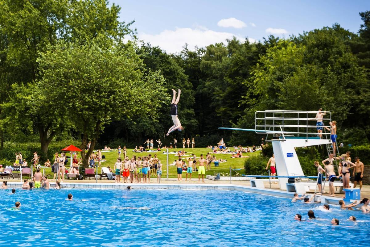 Ab Ins Wasser Hamburg Erwartet Nachstes Sommer Wochenende Hamburg