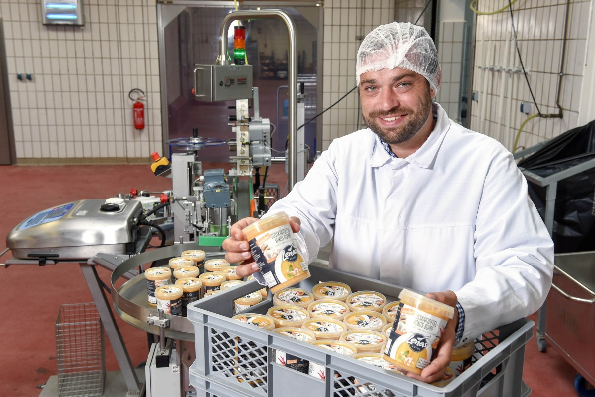 Lenas Küche heiß begehrt: Frische Suppen aus dem Supermarkt