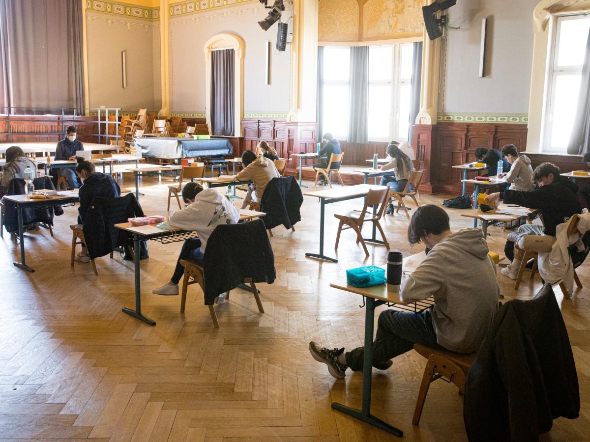 Abi 21 in Hamburg Diese Schulen schneiden am besten ab ...
