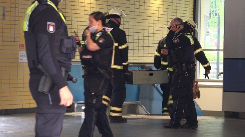 Polizei Hamburg: Mann flüchtet auf die Gleise im U-Bahnhof