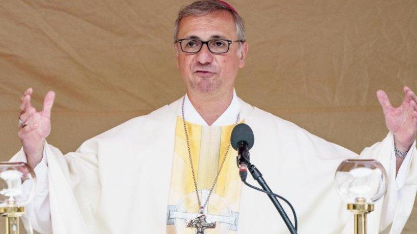 Heße nach Papstentscheidung erstmals öffentlich aufgetreten