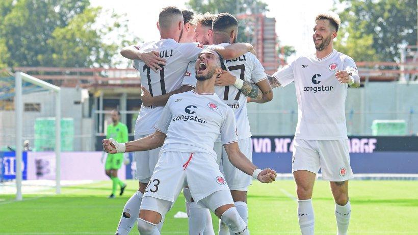 FC St Pauli stößt mit erstem Auswärtssieg auf Platz zwei vor