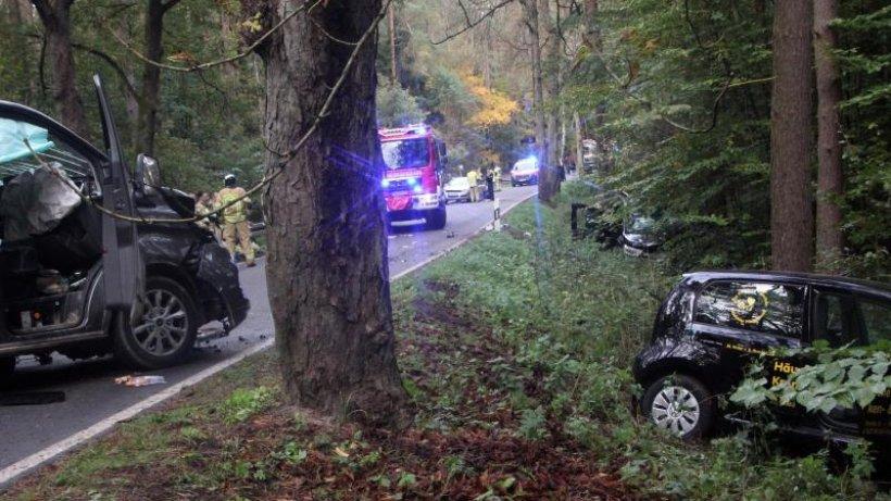Unfall mit zehn Verletzten: Ermittlungen gegen Fahrer
