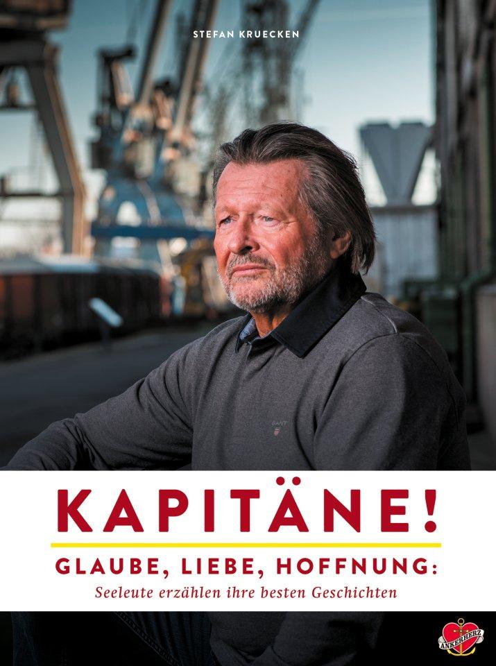 """Kapitäne!"""" heißt schlicht und passend das neue Buch aus dem Ankerherz Verlag. Es hat 240 Seiten und kostet 29,90 Euro."""