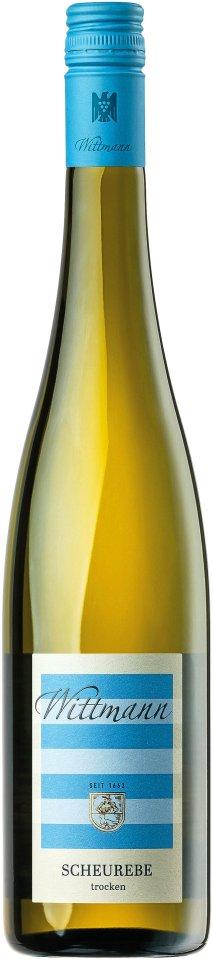 Eine Flasche Scheurebe vom Weingut Wittmann. Dieser und andere Weine wurden zusammen mit dem Publikum verkostet.