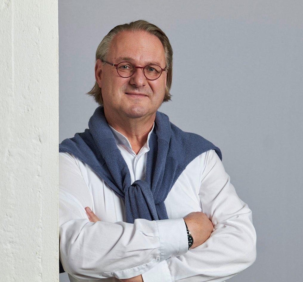 Udo F. Mann, Geschäftsführer von FML – der Experte für Fahrzeug-, Landwirtschaft und Umwelttechniken.