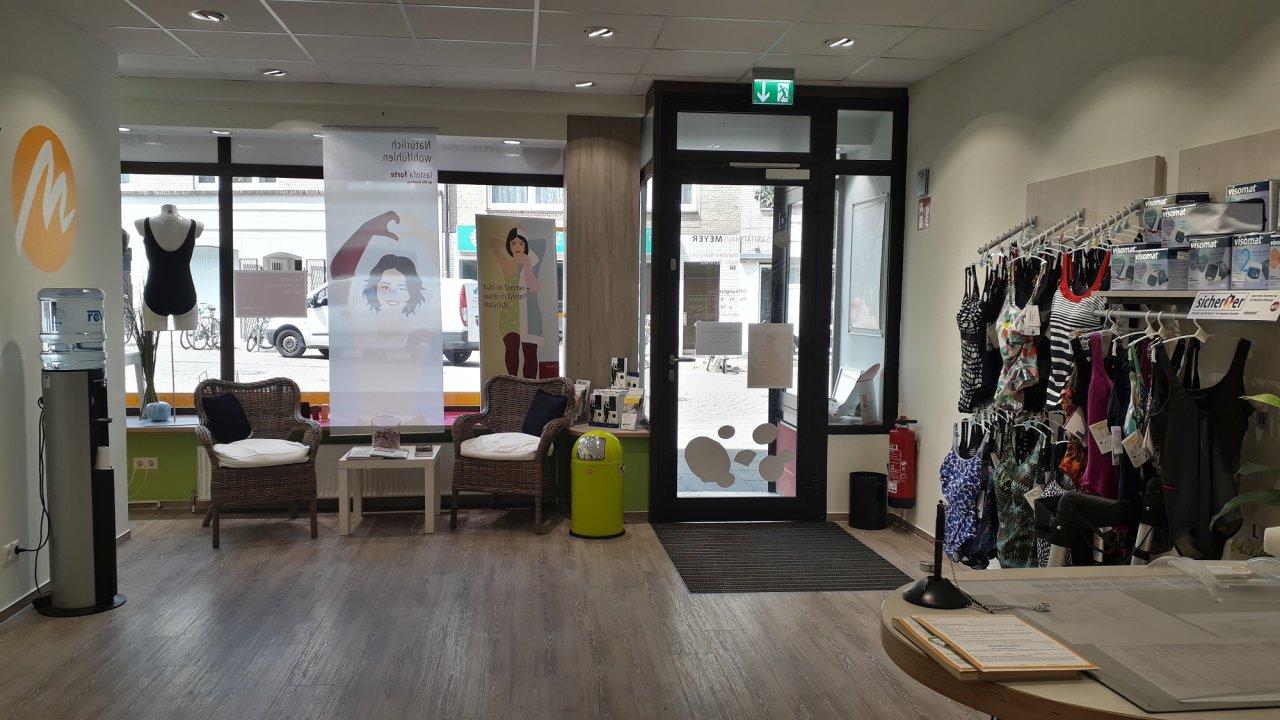 Das Traditionsgeschäft schmückt seit über 60 Jahren den Hamburger Stadtteil Harburg und verfolgt seither dieselbe Philosophie: Persönlicher Einsatz und Verbundenheit zum Stadtteil.