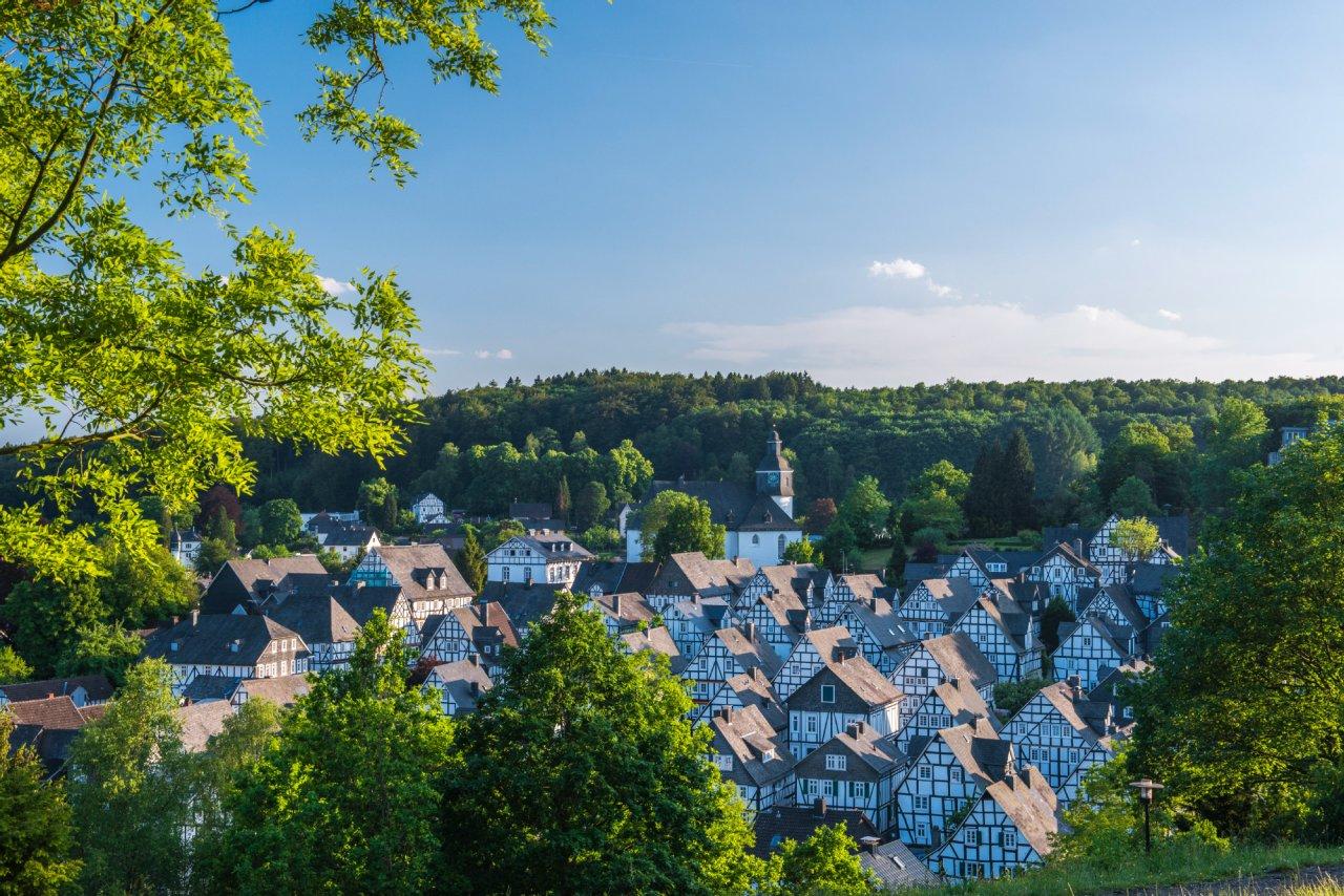 Der weltbekannte Blick über die Freudenberger Altstadt.