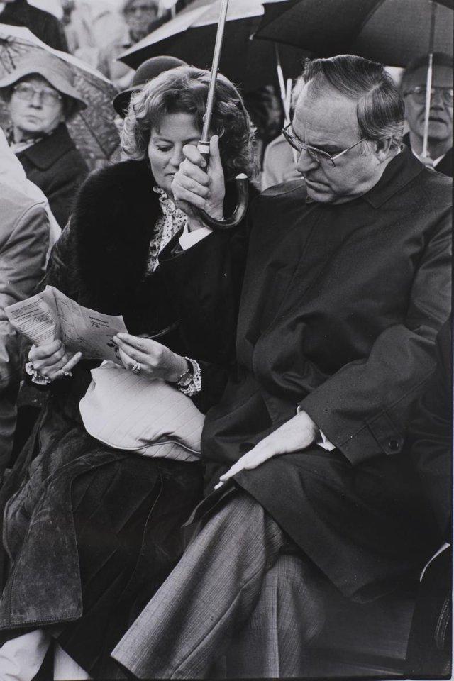 Bundeskanzler: Helmut Kohl mit seiner Frau Hannelore beim Deutschen Evangelischen Kirchentag 1981 in Hamburg
