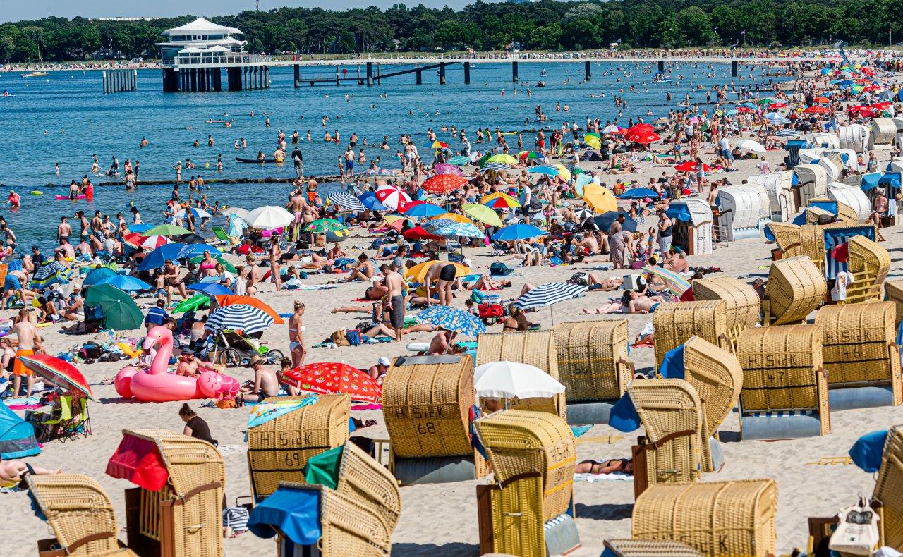Badespaß am Timmendorfer Strand