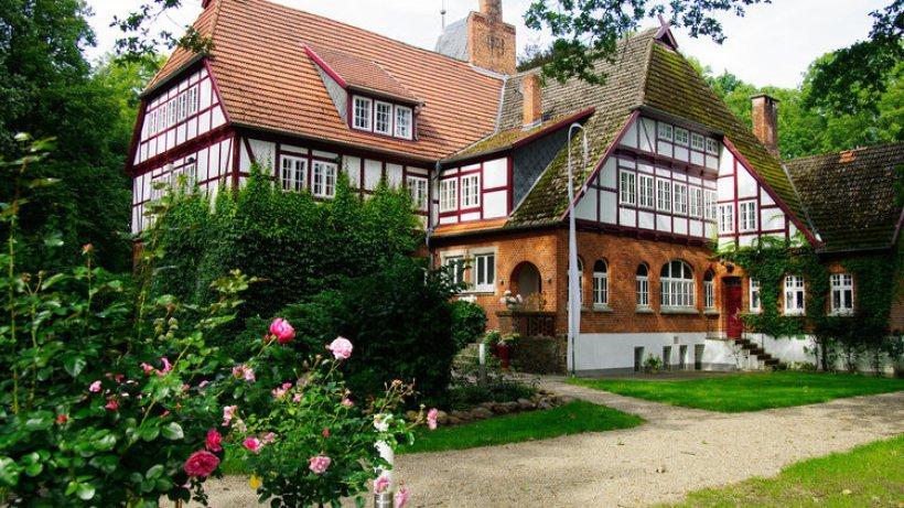 feudales flair und klares design kleine fluchten hotels in norddeutschland suche. Black Bedroom Furniture Sets. Home Design Ideas