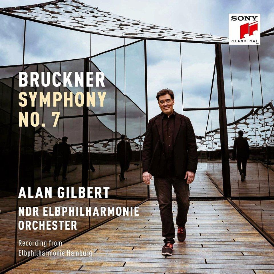 Das NDR Elbphilharmonie Orchesterhat Bruckners 7. Sinfonie eingespielt.