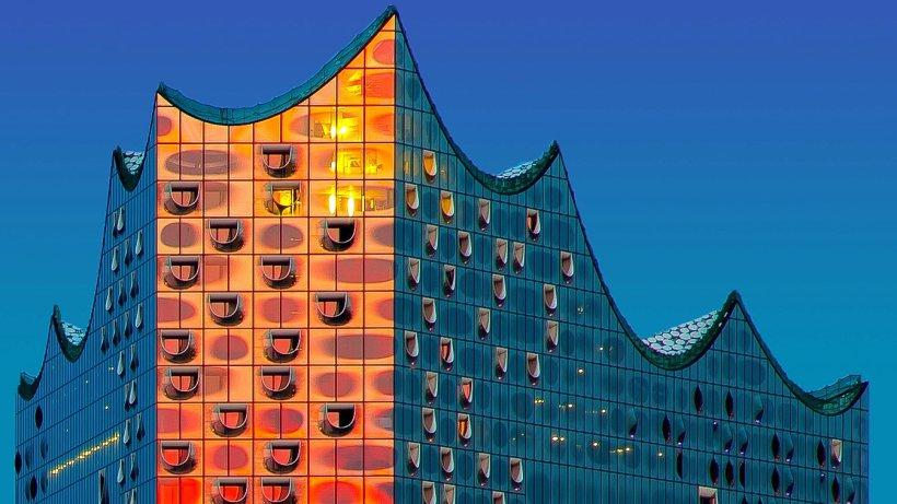 die zehn besten bilder von der elbphilharmonie hamburg. Black Bedroom Furniture Sets. Home Design Ideas