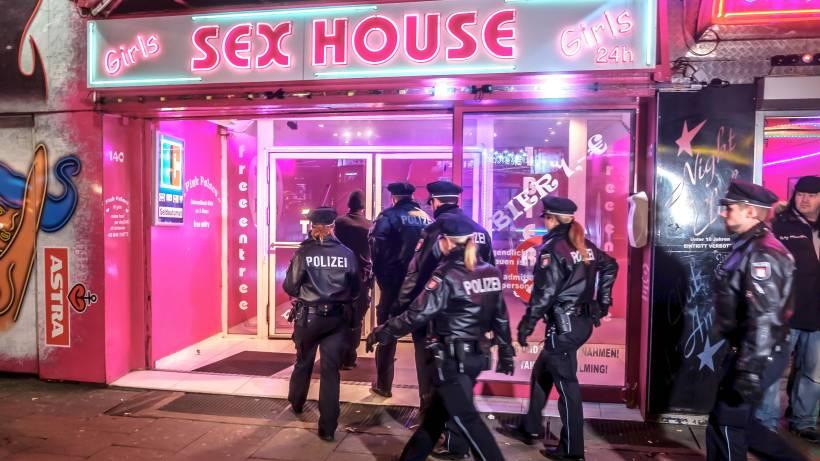 Дом сексадом секса