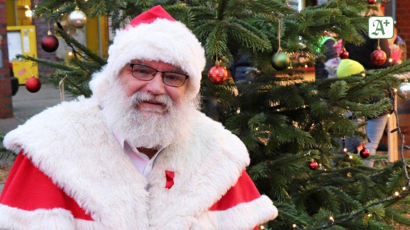 Warum Trägt Der Weihnachtsmann Rot