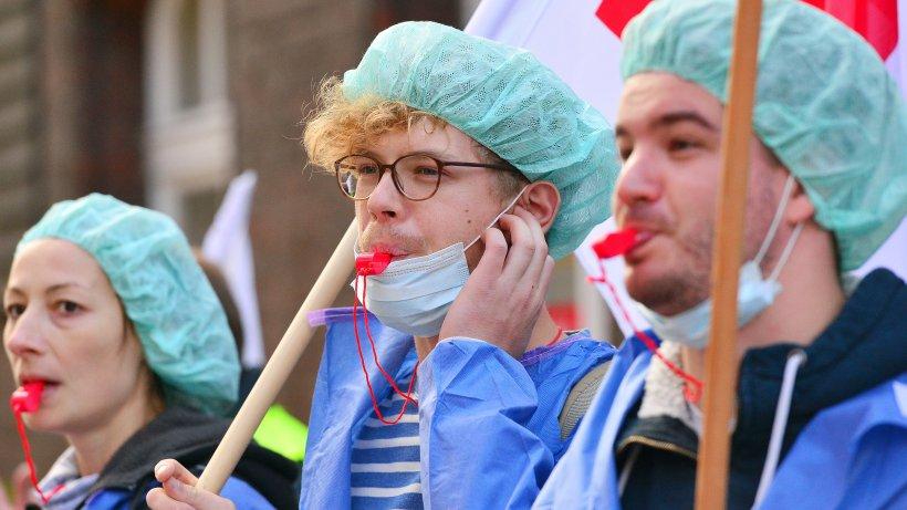 Wahlkampf: Stehen wir vor einem Pflegenotstand? Dies sind die Fakten