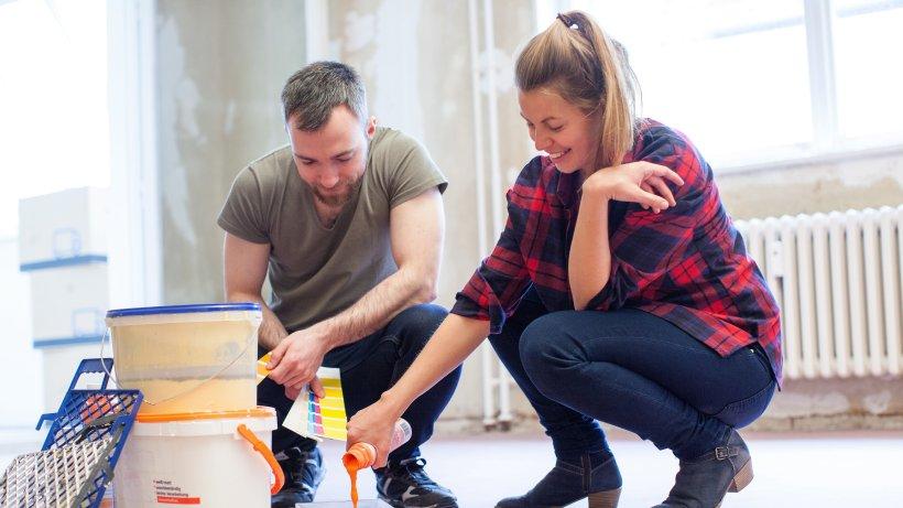 wie richtige profis ihre w nde und decken streichen wohnen hamburger abendblatt. Black Bedroom Furniture Sets. Home Design Ideas