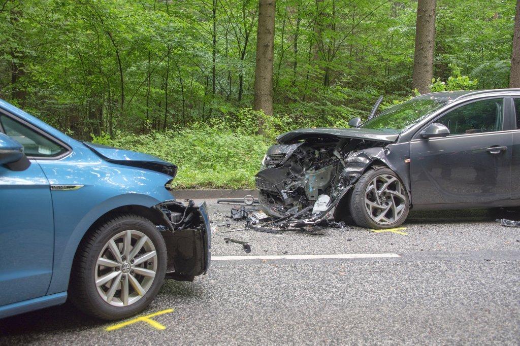 Die dreisten Tricks der Unfall-Betrüger kosten Milliarden - Ratgeber ...