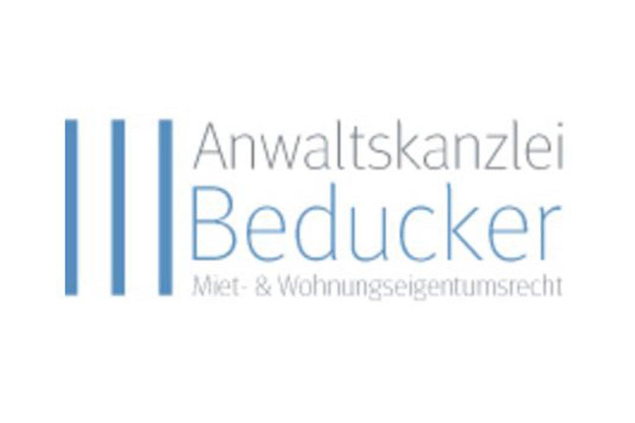 Christian Beducker, Fachanwalt für Mietrecht und Wohneigentumsrecht in Hamburg und Schwerin, über die Tücken des Immobilienbesitzes.