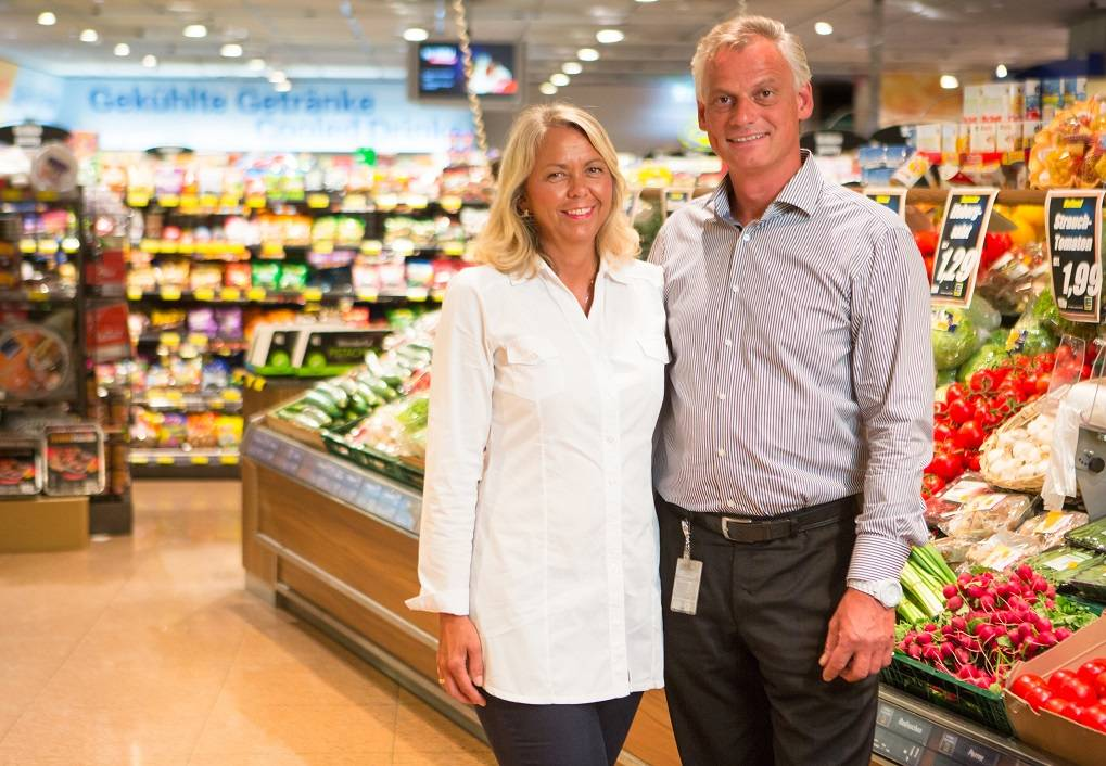 EDEKA Tamme garantiert Hamburgern und Reisenden an 365 Tagen im Jahr flexibles Einkaufen und besondere Produkte: in der Wandelhalle des Hauptbahnhofes, in der Airport Plaza des Flughafens und am Altonaer Bahnhof