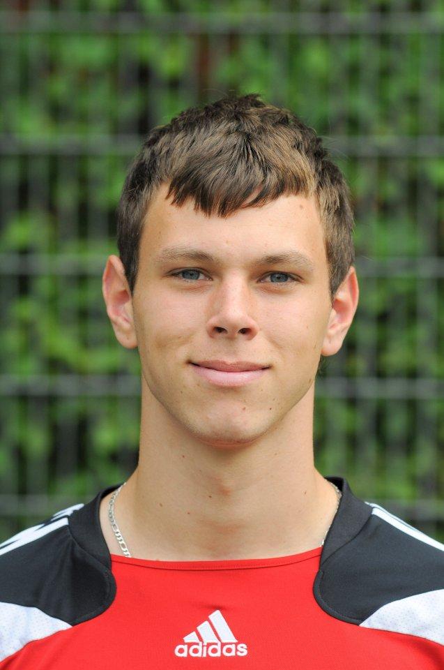 Altonas Torwart Tobias Grubba (27) hielt beim 2:3 gegen Buchholz bis zu seinem unglücklichen Fehler zum 1:2 stark.