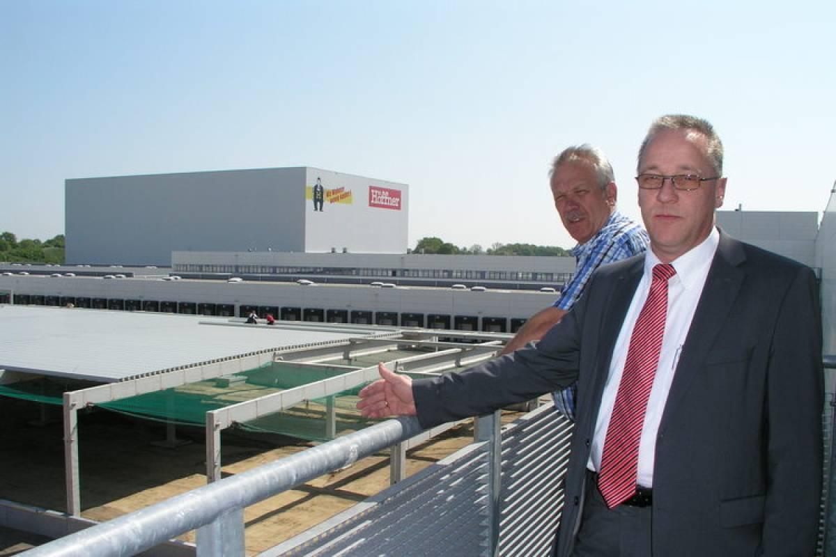 Höffner Schafft 150 Neue Stellen Stormarn Hamburger Abendblatt