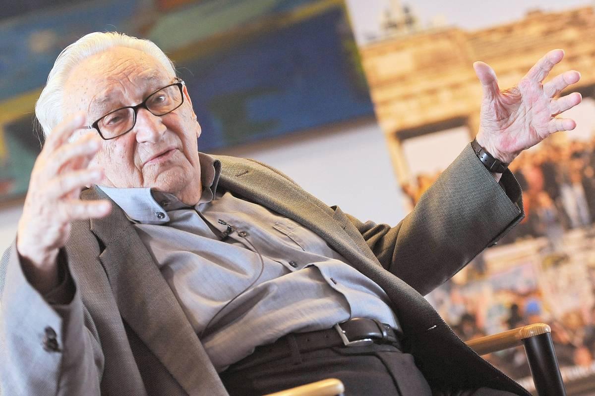 Egon Bahr Der Architekt Der Deutschen Ostpolitik Politik