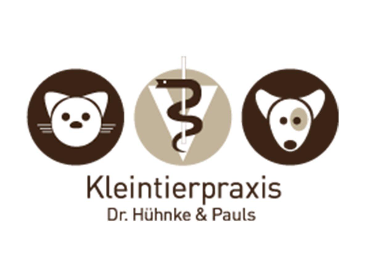 Die Tierärztinnen Dr. Alexandra Hühnke und Ann-Kathrin Pauls betreiben seit 2012 erfolgreich ihre moderne Gemeinschaftspraxis für Kleintiere in Henstedt-Ulzburg. Neben einem Team aus drei Tierärztinnen sind 6 medizinische Fachangestellte für die Tiere und ihre Besitzer da.