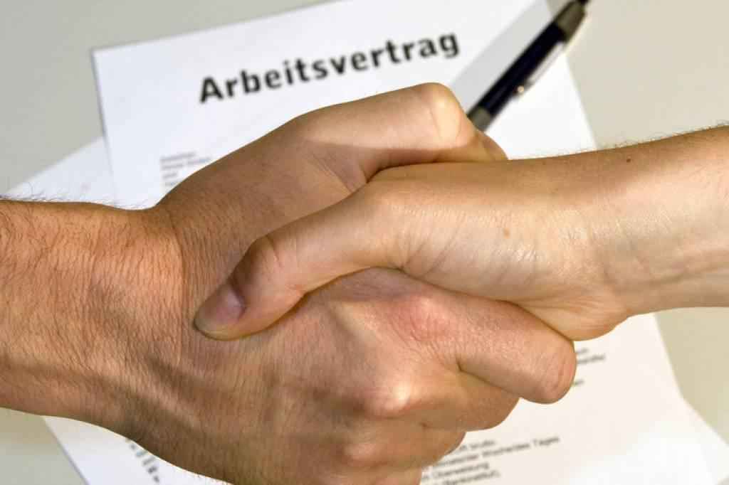 Wie Sieht Ein Arbeitsvertrag Aus Jobs Hamburger Abendblatt