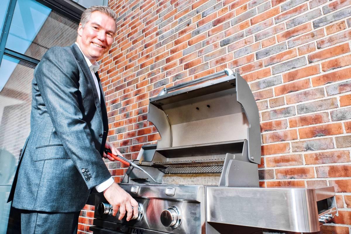 Weber Holzkohlegrill Hagebaumarkt : Gasgrills mit infrarot technik u amerikaner greifen weber an