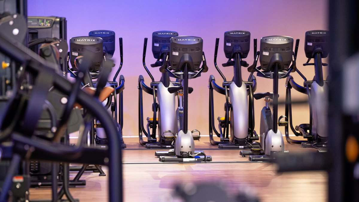 Ins man gesetz darf wann ab fitnessstudio Ab wann