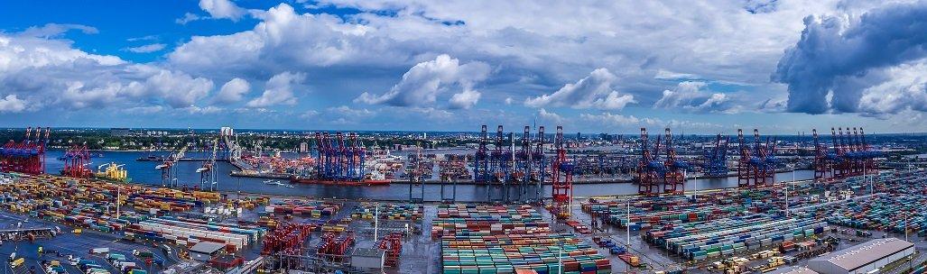 Welche Rolle der Hafen für die Hamburger Wirtschaft spielen wird – die Parteien sind sich uneins (Archivbild).