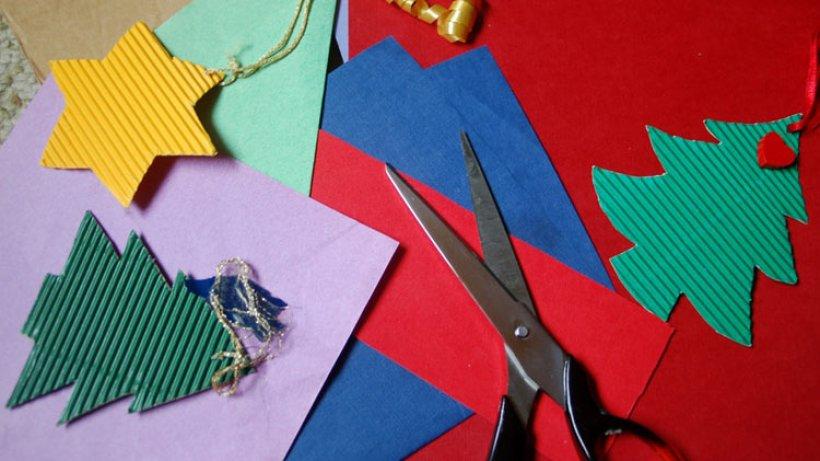 basteln zu weihnachten geschenke und dekoration selbst. Black Bedroom Furniture Sets. Home Design Ideas